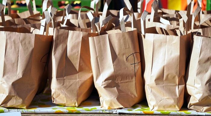 Papierové tašky ako náhrada klasických